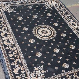 Traditional Rug Black