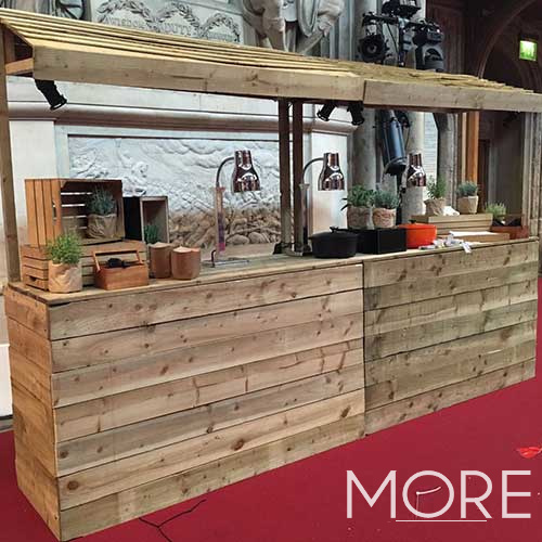 6ft Rustic Pallet Bar With Roof