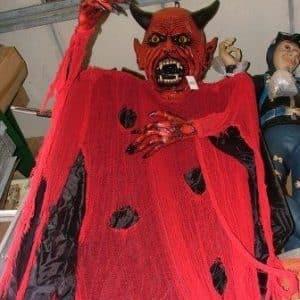 Hanging devil
