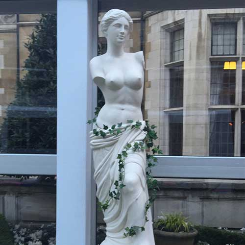 Venus De Milo Statue