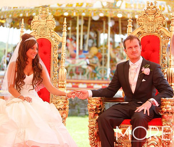 Wedding-Installations-theming-circus-throne chairs