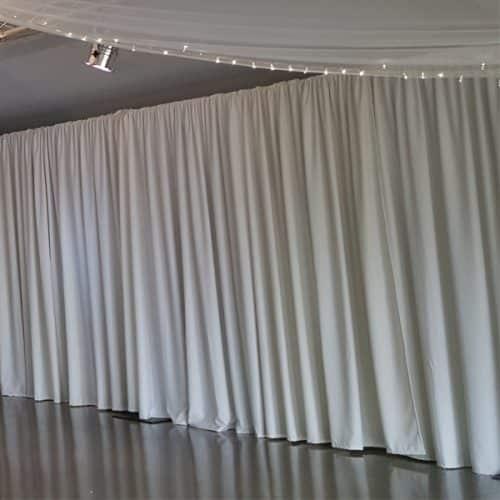 1m X 3.5m White Rippled Drapes Per Meter