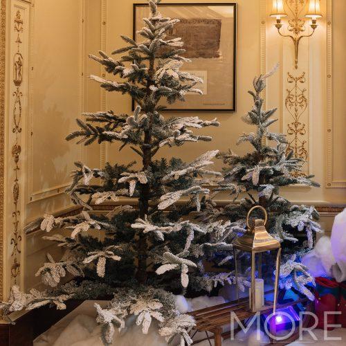 6ft Snow Flocked Fir Tree