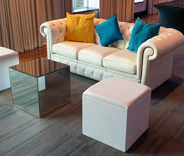 White colours range exhibition lounge furniture with mirror cube coffee table